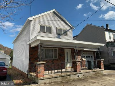 509 WASHINGTON ST, TAMAQUA, PA 18252 - Photo 2