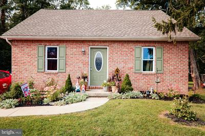 1237 LEWISBERRY RD, LEWISBERRY, PA 17339 - Photo 1
