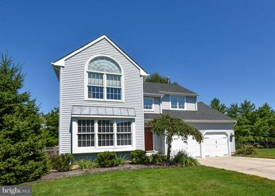 8 DUBLIN CT, Medford, NJ 08055 - Photo 2
