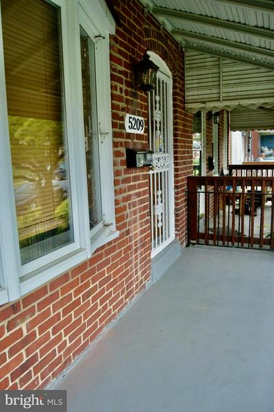 5209 PATRICK HENRY DR, BALTIMORE, MD 21225 - Photo 2