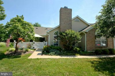 23 POINT CT, LAWRENCE TOWNSHIP, NJ 08648 - Photo 2