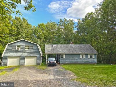 157 PIONEER RD, KUNKLETOWN, PA 18058 - Photo 1
