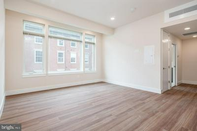 300 MARKET ST APT 401, PHILADELPHIA, PA 19106 - Photo 2