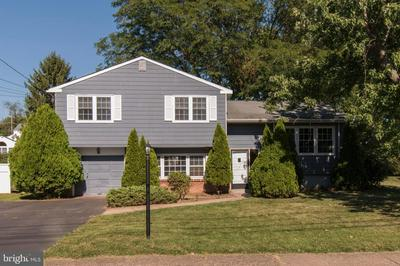 899 PHILLIPS RD, WARMINSTER, PA 18974 - Photo 2