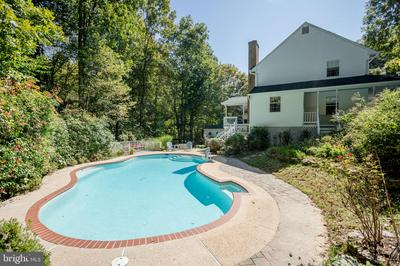 6885 BAYBERRY XING, OWINGS, MD 20736 - Photo 2