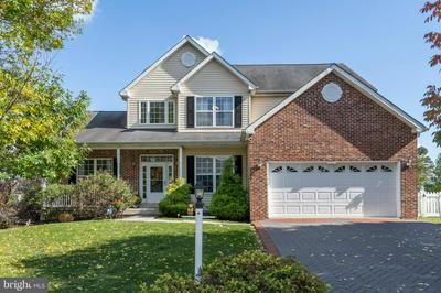 2304 SIENNA DR, EAST NORRITON, PA 19401 - Photo 1