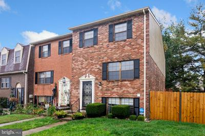 2 KEEN VALLEY DR, BALTIMORE, MD 21228 - Photo 1