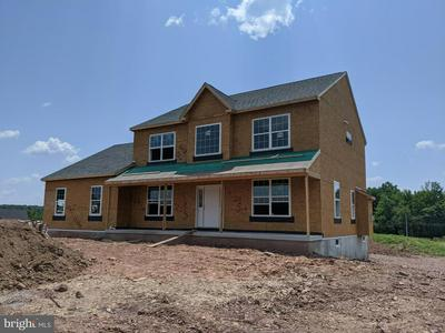 198 S COUNTY LINE RD, TELFORD, PA 18969 - Photo 1