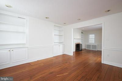 505 S FAIRFAX ST, ALEXANDRIA, VA 22314 - Photo 2