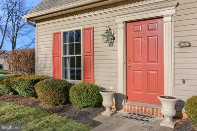 409 STONEHEDGE LN, MECHANICSBURG, PA 17055 - Photo 2