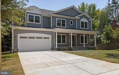 6204 GREENTREE RD, BETHESDA, MD 20817 - Photo 1