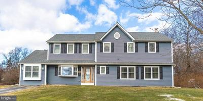 7143 SAINT PETERS RD, MACUNGIE, PA 18062 - Photo 1