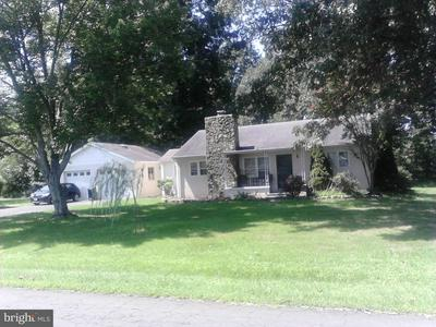 4042 WHITING RD, MARSHALL, VA 20115 - Photo 1
