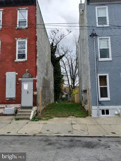 2517 N 7TH ST, PHILADELPHIA, PA 19133 - Photo 1