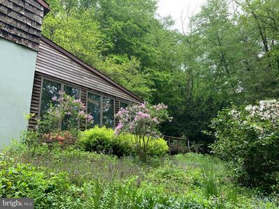 195 HEYDTS SCHOOLHOUSE RD, BECHTELSVILLE, PA 19505 - Photo 1