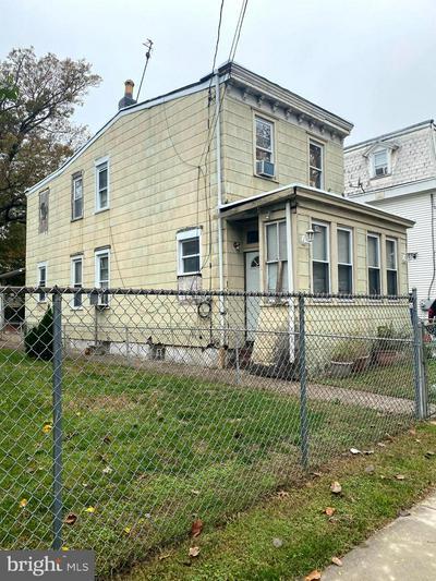 135 N DUDLEY ST, CAMDEN, NJ 08105 - Photo 1