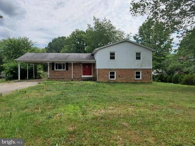 841 LINCOLN DR, Fredericksburg, VA 22407 - Photo 1