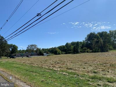 2200 SAYLORS POND RD, JOBSTOWN, NJ 08041 - Photo 2