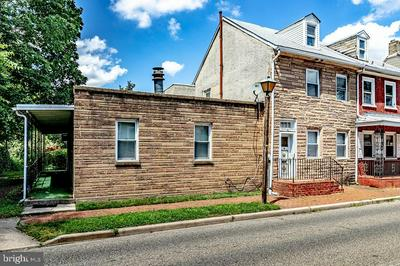 45 W PEARL ST, BURLINGTON, NJ 08016 - Photo 1