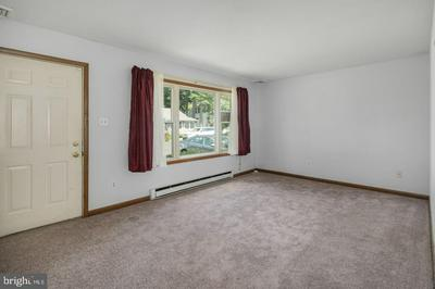 1809 HAZEL AVE, BRISTOL, PA 19007 - Photo 2