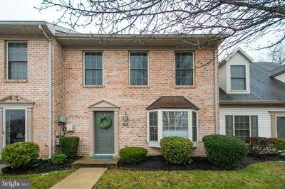 112 MELBOURNE LN, MECHANICSBURG, PA 17055 - Photo 2