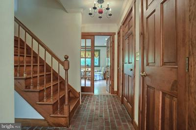 1556 WOODHAVEN DR, HUMMELSTOWN, PA 17036 - Photo 2