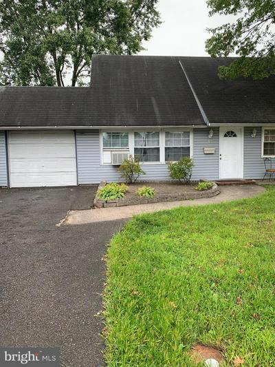 43 MINTLEAF RD, LEVITTOWN, PA 19056 - Photo 2