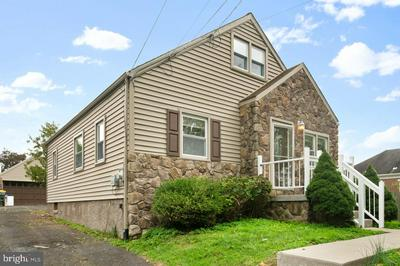 125 GILPIN RD, WILLOW GROVE, PA 19090 - Photo 2
