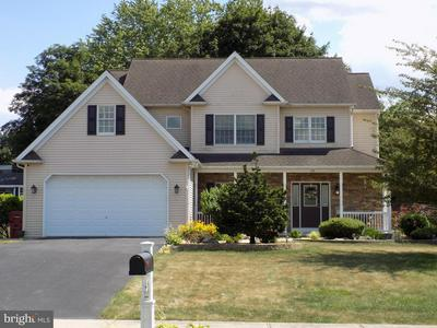 816 OLD MILL RD, EASTON, PA 18040 - Photo 1