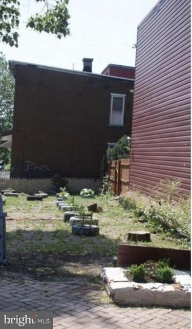 1237 SWATARA ST, Harrisburg, PA 17104 - Photo 1