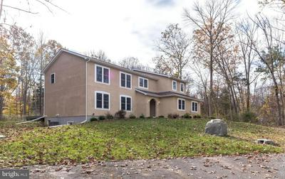 2512 DEEP CREEK RD, PERKIOMENVILLE, PA 18074 - Photo 2