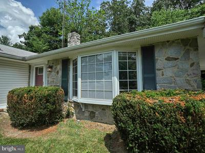 7633 DOLLYHYDE RD, MOUNT AIRY, MD 21771 - Photo 2