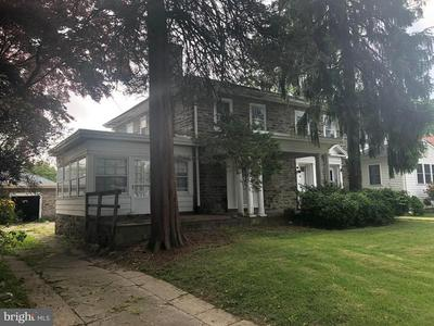 17 E PARKWAY AVE, Chester, PA 19013 - Photo 1