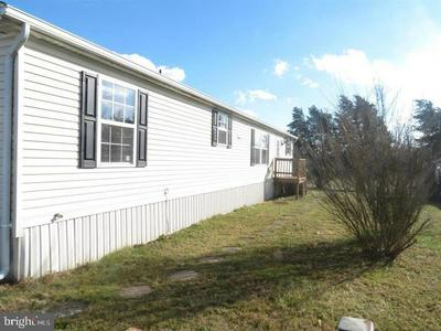45 BROWNS DAM RD TRLR 213, NEW OXFORD, PA 17350 - Photo 2