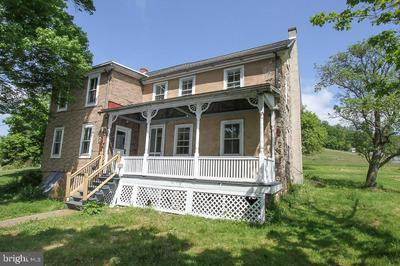16 OLD STATE RD, BOYERTOWN, PA 19512 - Photo 1