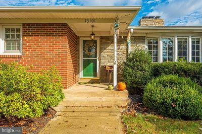 13101 PRICES DISTILLERY RD, CLARKSBURG, MD 20871 - Photo 2
