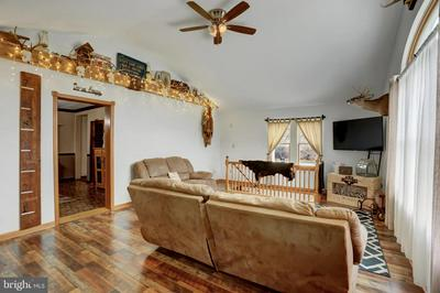 2082 VALLEY RD, PARKESBURG, PA 19365 - Photo 2