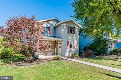 826 W TRINDLE RD, MECHANICSBURG, PA 17055 - Photo 2