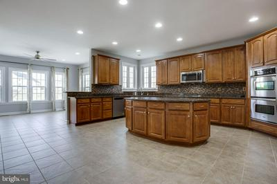 25283 CONNOR CT, ALDIE, VA 20105 - Photo 2