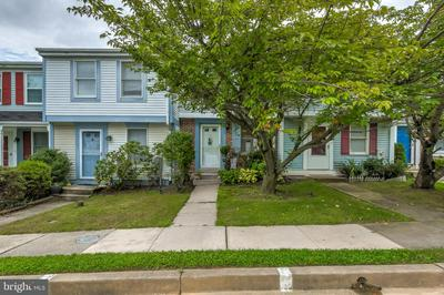 10 VERITY CT, BALTIMORE, MD 21236 - Photo 2