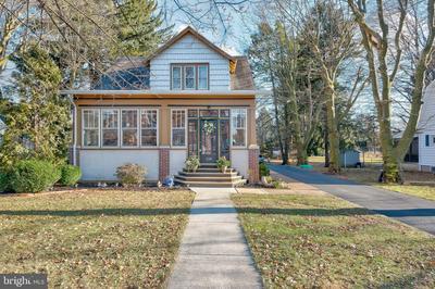 530 16TH ST, NEW CUMBERLAND, PA 17070 - Photo 1