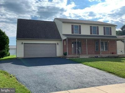 406 W BROAD ST, DALLASTOWN, PA 17313 - Photo 2