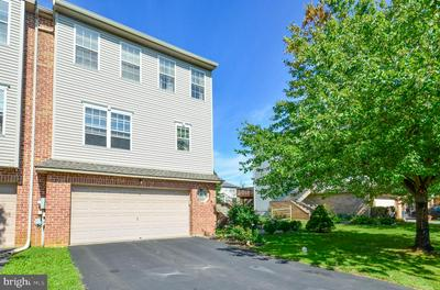 2859 SEQUOIA DR, MACUNGIE, PA 18062 - Photo 1