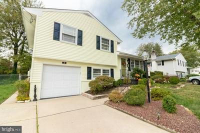 27 FLEETWOOD DR, HAMILTON, NJ 08690 - Photo 2