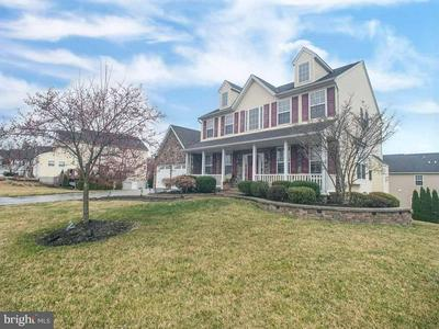 203 RAVEN CIR, WARRINGTON, PA 18976 - Photo 1