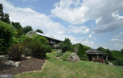 4670 OVERLOOK RD, COPLAY, PA 18037 - Photo 2