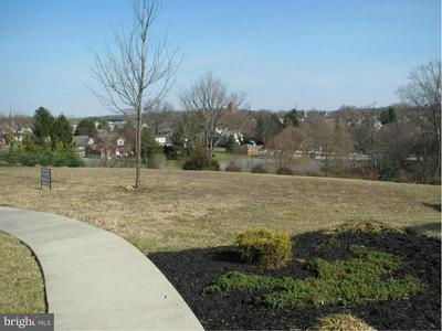 55 ARNOLD DR, Westminster, MD 21157 - Photo 2