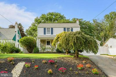 422 FITZWATERTOWN RD, WILLOW GROVE, PA 19090 - Photo 1