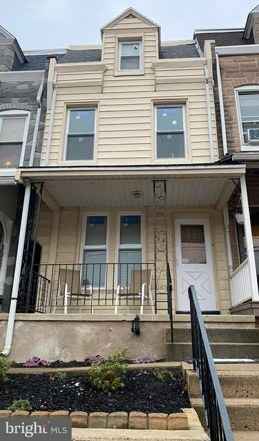 318 FRANKLIN ST, WEST READING, PA 19611 - Photo 1