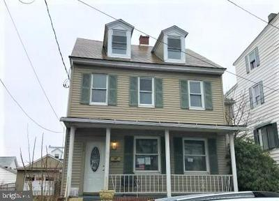 606 N 2ND ST, MINERSVILLE, PA 17954 - Photo 1